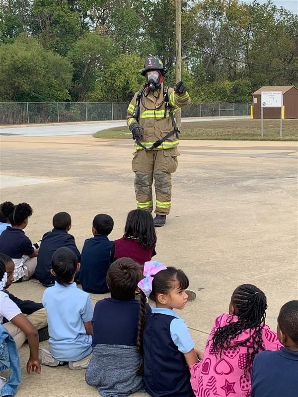 Elementary School Students Visit the Delaware State Fire School
