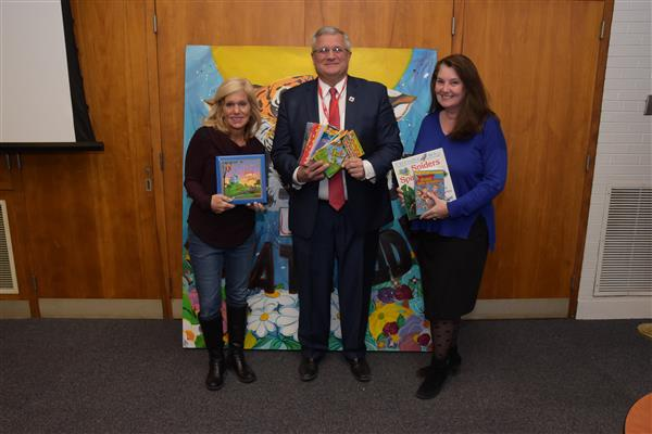 Success Won't Wait Donates 300+ Books To Red Clay