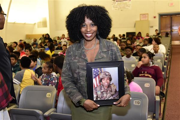 Highlands Elementary Holds Salute to Service